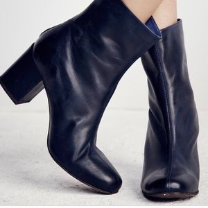 [nwt] Free People Cecile Blue Leather Ankle Boot